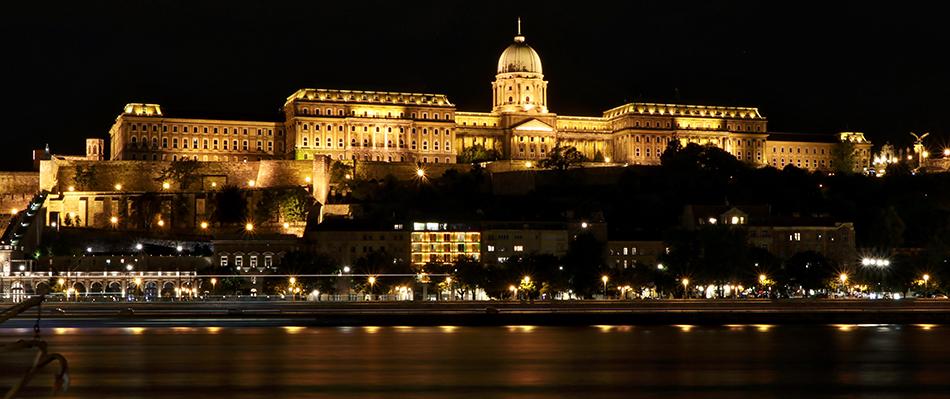 Cestovní pojištění do Maďarska - AXA Assistance 3880d82da8